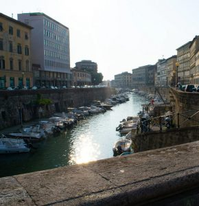 Leiebil & bilutleie i Livorno